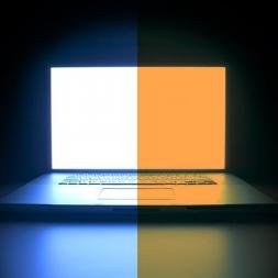 روش های کاهش اثر نور آبی موبایل